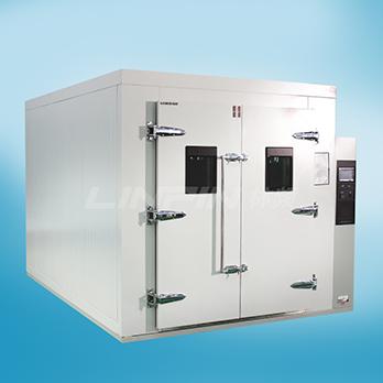 <b>步入式高低温试验室</b>